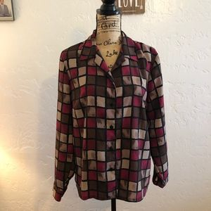 Donnkenny Petites long sleeved, button down blouse